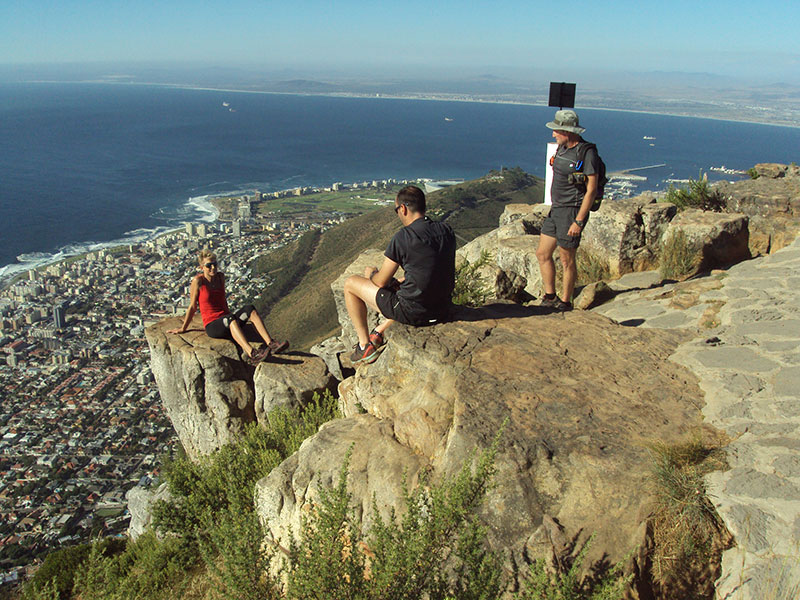 cape-town-hikes-lions-head-09