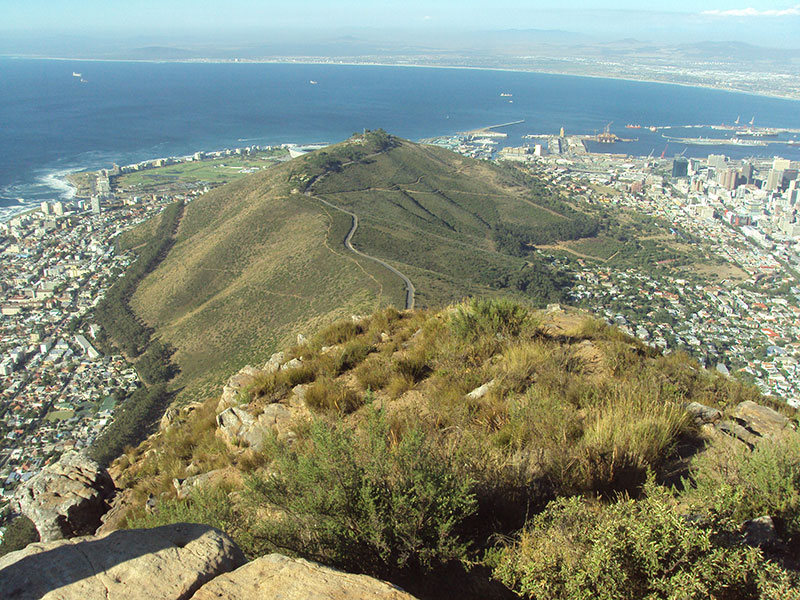 cape-town-hikes-lions-head-12
