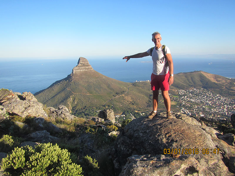 cape-town-hikes-lions-head-23